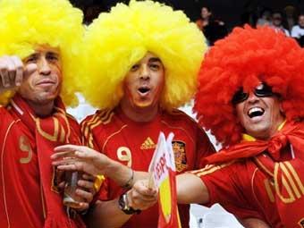 Болельщики сборной испании фото c afp